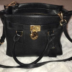 Michael Kors Hamilton in black